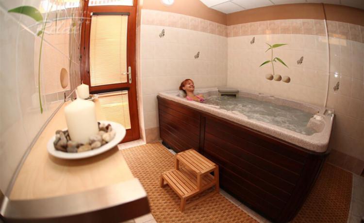 Hotel Relax Senec Vírivka